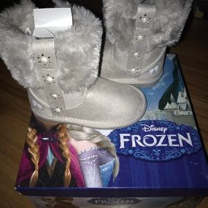 Other - Girls Boots toddler 5 (Frozen Themed)